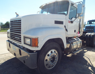 2008 Mack 13-speed Maxitorque  CHU613, Day Cab