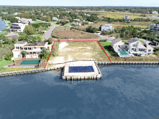 25K SQ FT WATERFRONT LOT