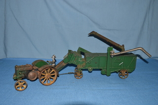 Vindex John Deere Tractor & Thresher