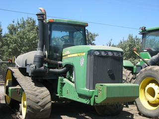 JD 9420T belted crawler