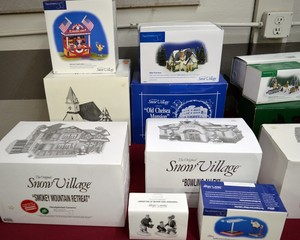 Dept 56 Village Items