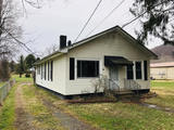 UNDER CONTRACT - FOR SALE $40,000. 134 Maple Ave. East, Alderson WV 24910