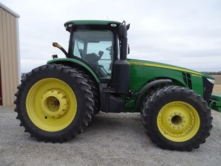 2013 JD 8360R Tractor