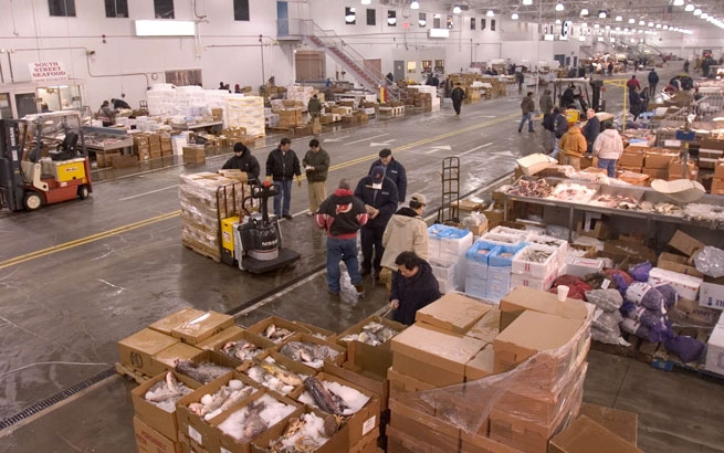 12 000 sq ft co op in new fulton fish market prime for Fish market bronx