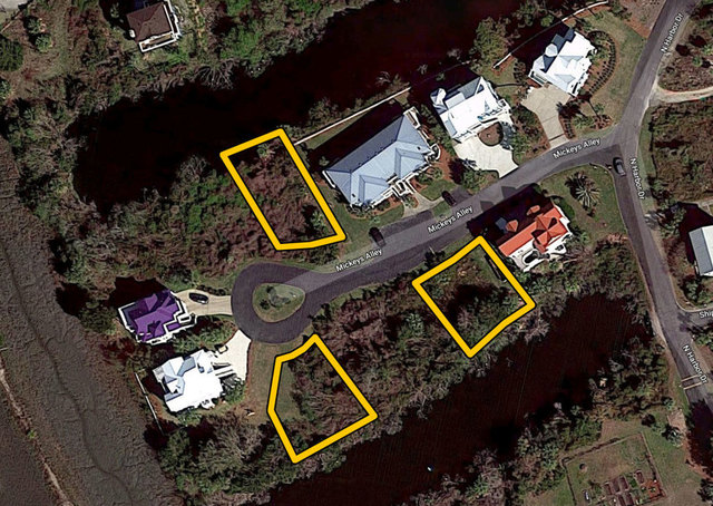 3 Residential Building Lots on Harbor Island, SC: