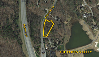 Lot on Knightsridge Rd at The Cliffs Valley