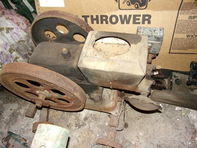 Collection of Antique Gas Engines & Related Items, Saturday Morning