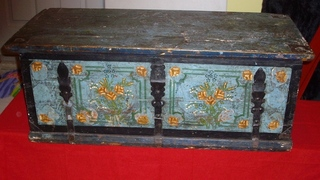 Floral painted blanket chest