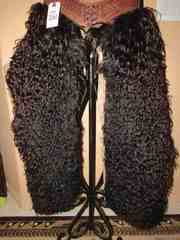 LOT 261  -  BLACK CURLY CHAPS