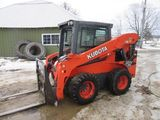 Tractors/Skidsteer/Farm Machinery Auction
