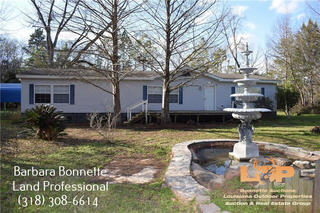 Home & Acreage for Sale in Boyce, LA