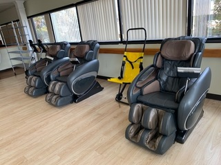 VA 3 YRS OLD ADULT DAYCARE CENTER FURNITURE MASSAGE CHAIR ELECTRONICS AUCTION LOCAL PICKUP ONLY