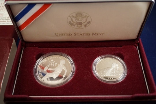 COIN & CURRENCY AUCTION - ONLINE ONLY - Thompson Auction Service