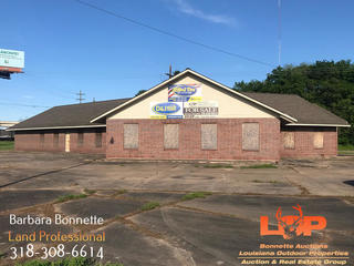 Investment Building in Alexandria, LA