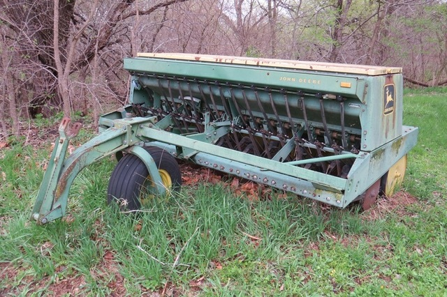 Super Clean & Late Model Farm & Acreage Equipment - Shop Equipment - Antiques - Lawn & Garden Equipment Absolute Auction
