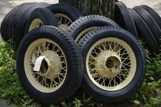 !930's Chevy wire wheels