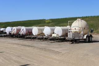 CUSTOM fertilizer mixing tanks and fuel wagons