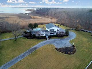 5 BR WATERVIEW HOME