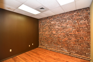 Office Suite 4 - 105 N Maple in Downtown Murfreesboro