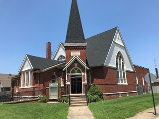 8100+ SF CHURCH BUILDING OFF NORTH MAIN STREET