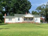 Inman, SC - Home and 6.48± acres with Barn