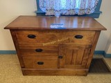 BOSTON, NY HOUSEHOLD, COLLECTIBLES & FURNITURE AUCTION
