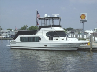 40' LUXURY YACHT - 2005 HARBOR MASTER