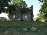 3 Bedroom 1 bath farm house w/ polebarn