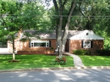 Single Family Home in Falls Church City, VA