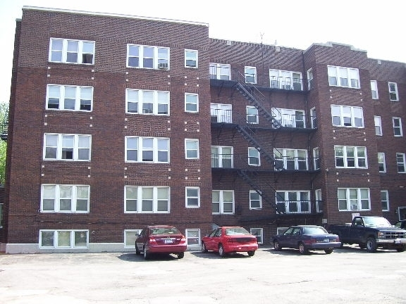 Apartment Building Auctions 53 unit apartment building - maltz auctions