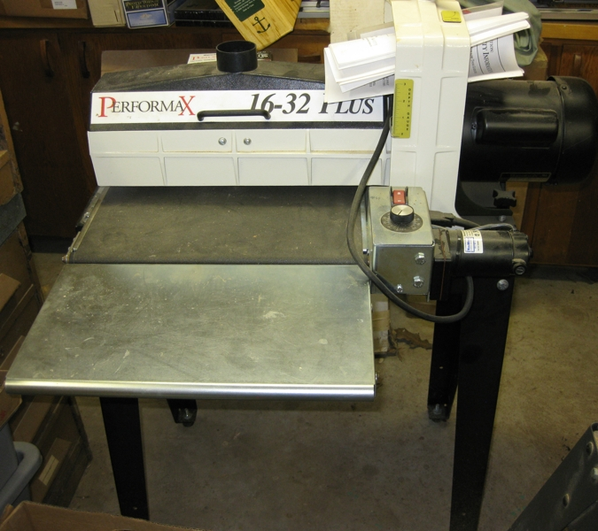 Woodworking tools auction Must see | Table for breakfast