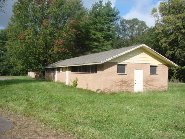 45 ACRE CAMPGROUND/ RETREAT WITH PRIVATE LAKE- $450,000