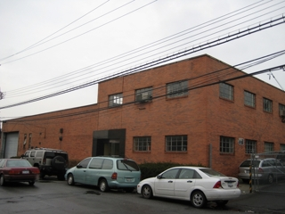 20,000+ SQ FT WAREHOUSE ON WATERFRONT BLOCK