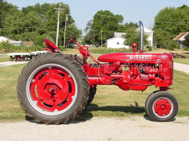 Annual Old Thresher S Collector Car Amp Tractor Auction