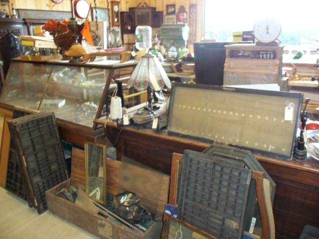 Huge Antique Auction Stafford Auction Realty