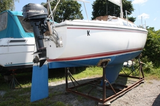 1981 catalina 25 fin keel absolute auction amp realty