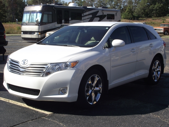 sold 2009 toyota venza for sale fowler auctioneers. Black Bedroom Furniture Sets. Home Design Ideas
