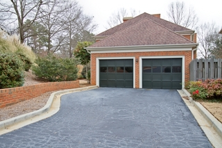 Glenbrooke - 104 Kilkenny Court, 2-Car Garage