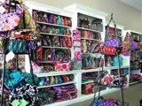 Closed and Sold Bank Ordered - Bulk Lot - New Vera Bradley Inventory Auction