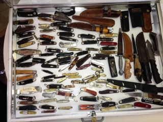 Over 100 Pocket Knives & Fix Blade Knives: USA & Germany