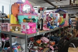 Kids Toys, Beds & Clothing ON-LINE AUCTION