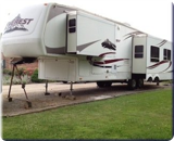 2005 KEYSTONE EVEREST 37-FT. CAMPER