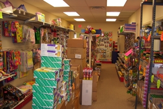WHOLESALE STATIONERY, PARTY GOODS & TOY DISTRIBUTOR