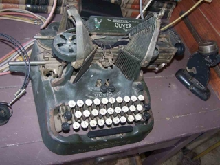 """ANTIQUE TYPEWRITER"":"
