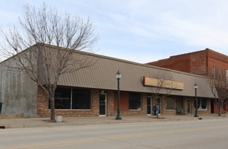 GONE! Tonganoxie KS Auction - Bank-Ordered Commercial Real Estate (1 of 2)