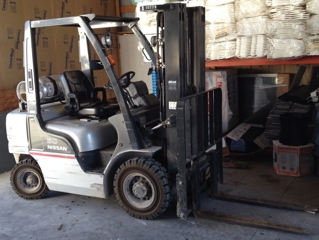 "2005 Nissan 50 LP Forklift: only 600 hrs! 4050 lb. - 197"" extenda lift"