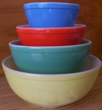 DALE'S VINTAGE PYREX & VIDEO GAMES, DVD/CD