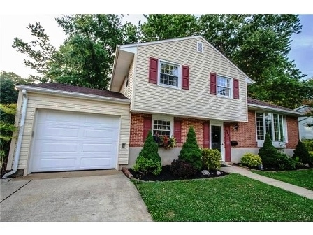 Beautiful Split Level 3 Bedroom Home Is Ready And Waiting