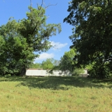 Older Mobile Home on 3.18 AC - Bismarck, AR