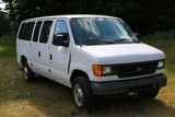 2004 Ford E350 Extended Van XL Super Duty